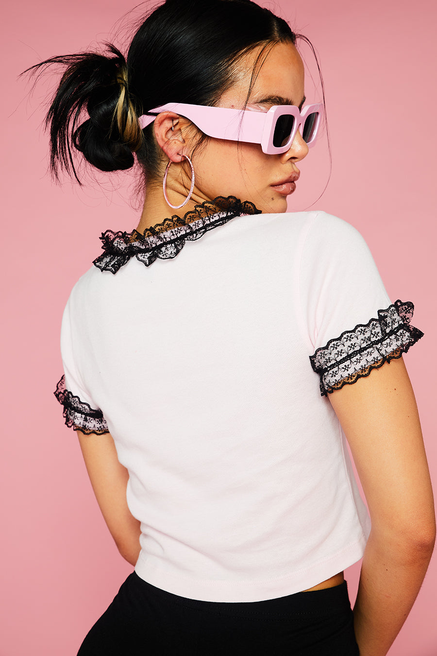 HELLO KITTY LACE DETAILED TEE