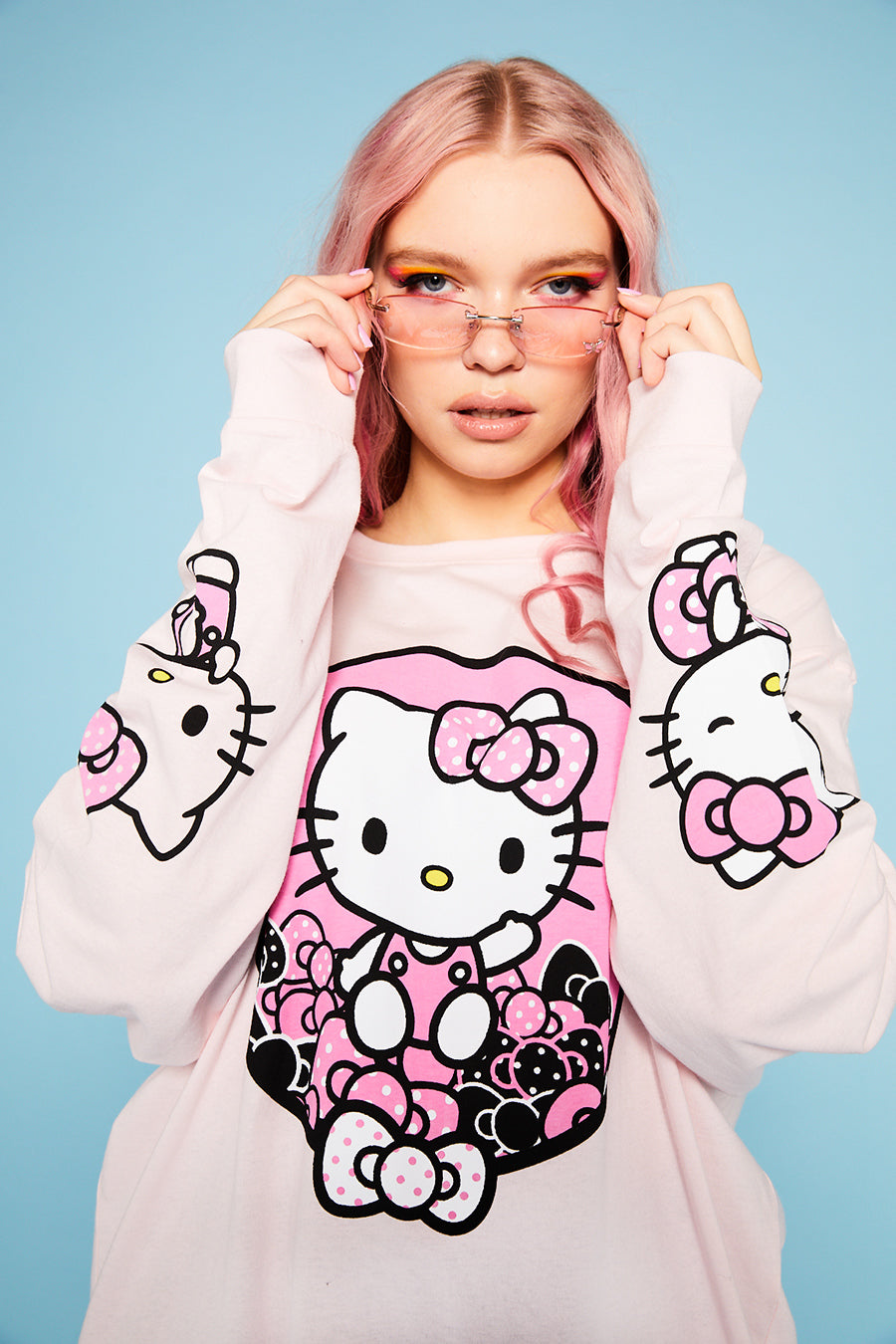 Hello Kitty sleeve print top pink