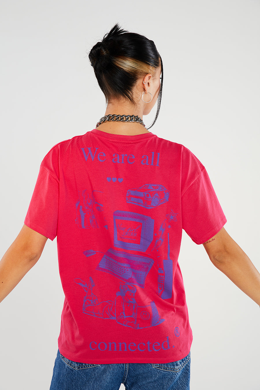 We are all connected tee pink