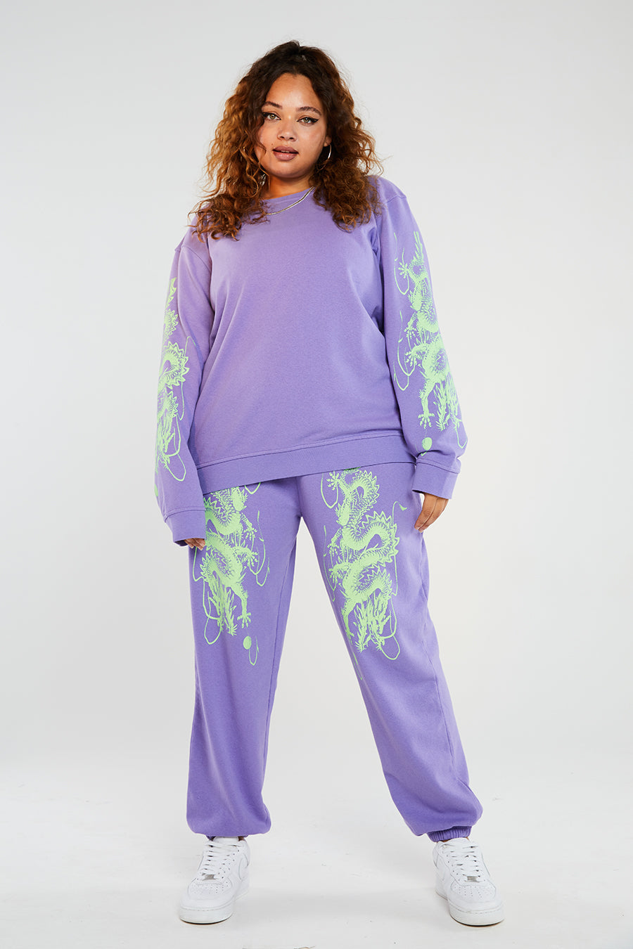 Lilac dragon sweat curve