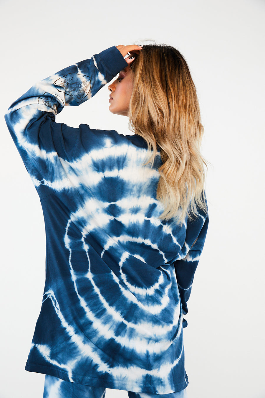 Opera lady tie dye long sleeve tee blue