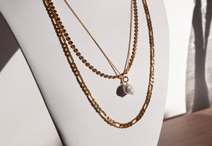 ONEIRO It's Complicated Necklace