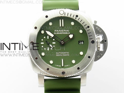 PAM 1055 Luminor Submersible 42mm Verde Militare