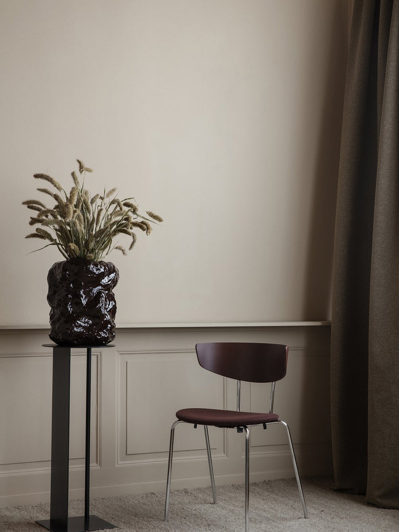 Place Pedestal - Black