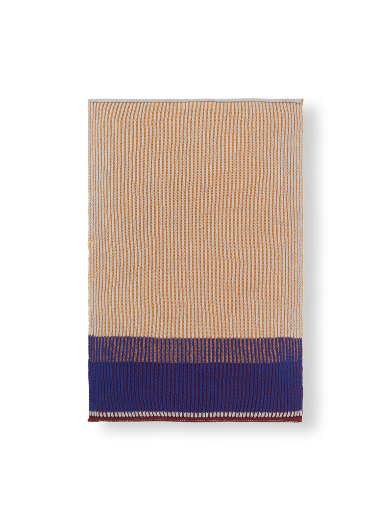 Akin Knitted Hand Towel - Honey Gold