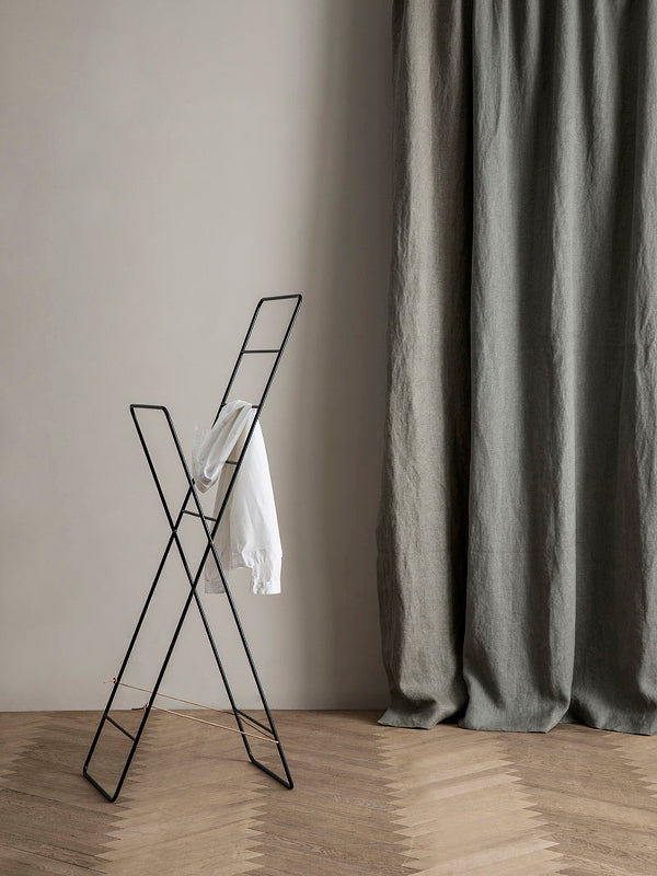 Herman Clothes Stand - Black