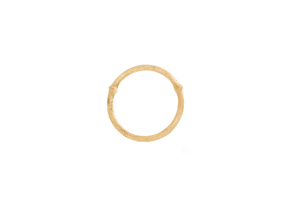 Nature ring in 18K yellow gold