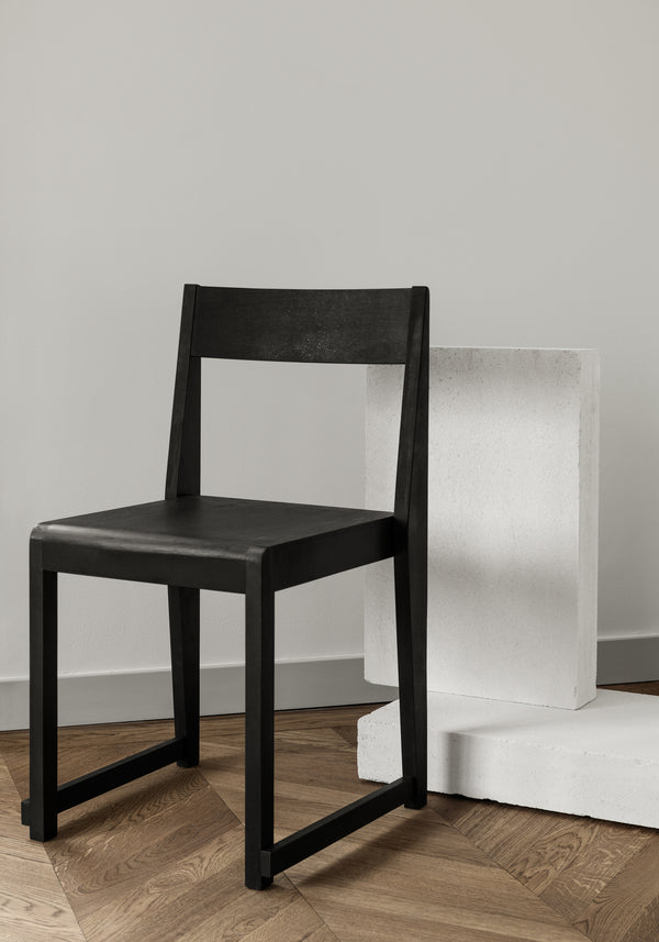 Chair 01 | Ash Black Frame / Ash Black Wood Seat