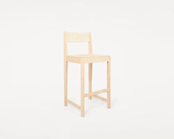 Stool 01 | Natural Wood / Natural Wood H76