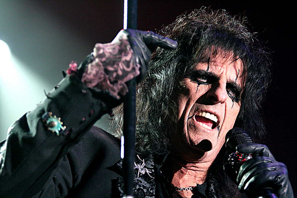 Alice Cooper by Nick Elliott