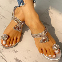 Load image into Gallery viewer, Women's Fashion Inlaid Rhinestone Tassels Solid Color Slippers