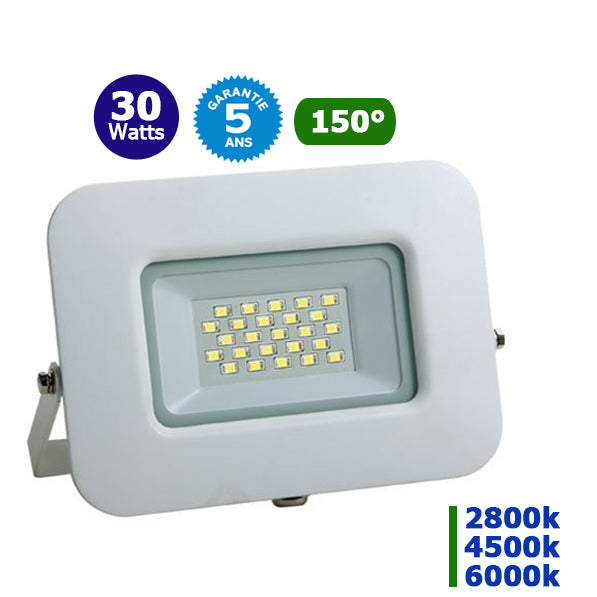 Projecteur LED - 30 Watts – Angle 150° - 2500 lumens – 85 Lumens/Watt - 192 x 157 x 25 mm – IP65 - Garantie 5 ans