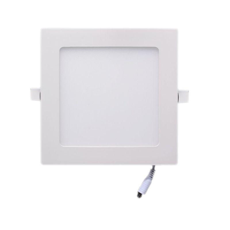 Dalle ultra-plate carré - 18 Watts - Dimensions 224 x 224 x 25 mm - Découpe 205 x 205 mm - Angle 120° - IP20 - Transformateur inclus - Option Dimmable