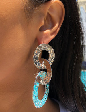silver, link, loops, hoops, textured, metal, funky, retro, stylish, trendy, influence, style, fun