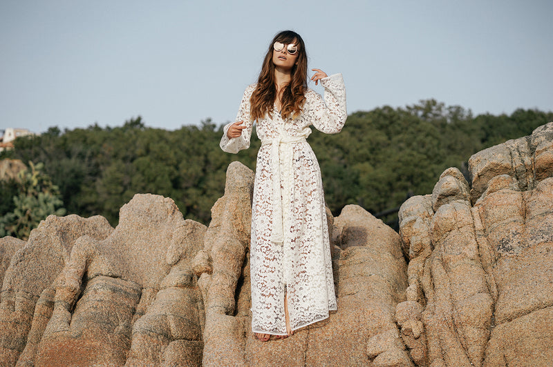 SARDEGNA LACE BEACH ROBE
