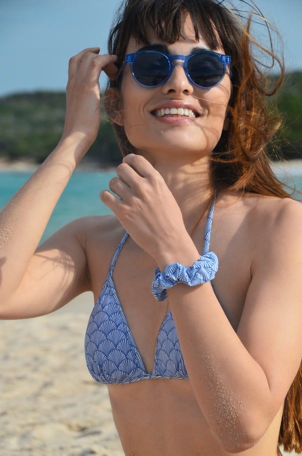 SWIM WITH MI x invisibobble®  Sprunchie