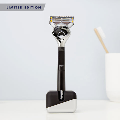 Gillette Fusion5 Proglide Chrome Razor Limited Edition Gift Pack with Razor Stand