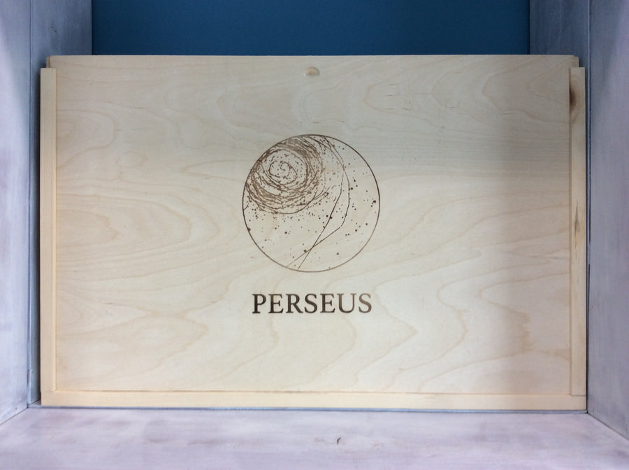 Perseus Wood Box 5 bottle