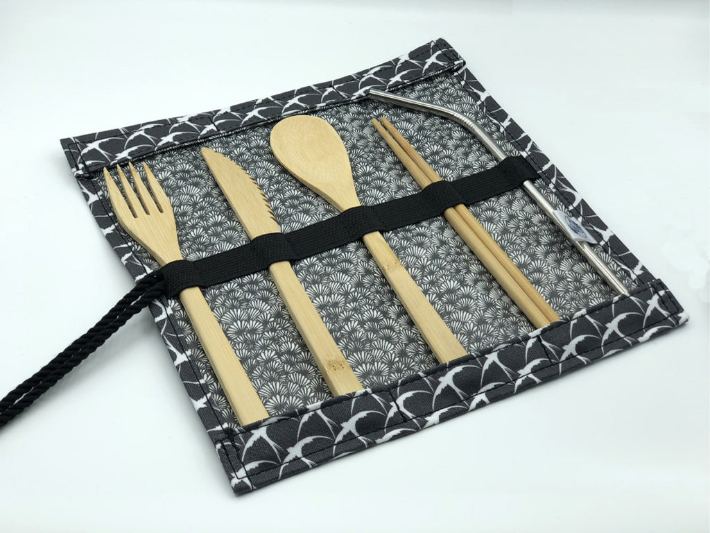 Cutlery Roll in 'Geometric Swallows'