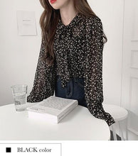 Load image into Gallery viewer, Lovely Floral Blouse