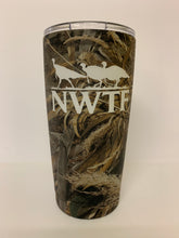Load image into Gallery viewer, 20oz Tumbler Decorated in Realtree Max 5
