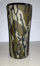 Load image into Gallery viewer, 20oz Tumbler Decorated in Mossy Oak Original Bottomland
