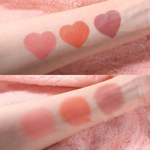 Uptown Vibez Heart Stamp Blusher