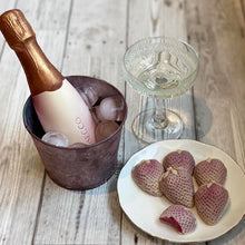 CHOC ON CHOC Chocolate Prosecco & Strawberries 360g