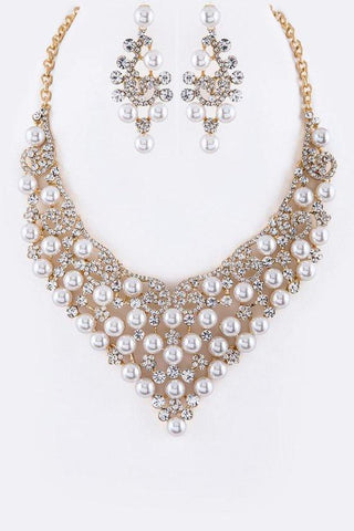 DRAMATIC STATEMENT PEARL NECKLACE