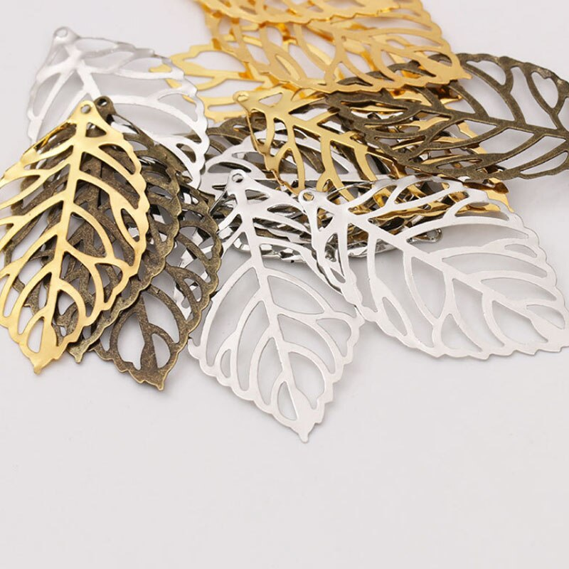 50 pcs Craft Hollow Leaves