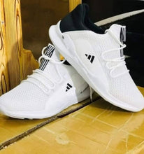 Load image into Gallery viewer, Ultra Lite White Mesh Casual Sports Shoes