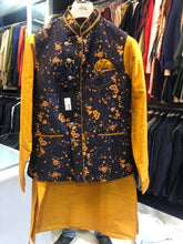 Load image into Gallery viewer, Kurta Payjama And Jacket Set For Men's