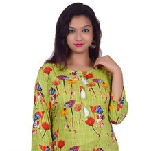 Load image into Gallery viewer, Women's Floral Print Straight Green Rayon Kurti