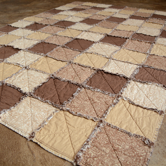 Quilt Throw - Brown Crisscross