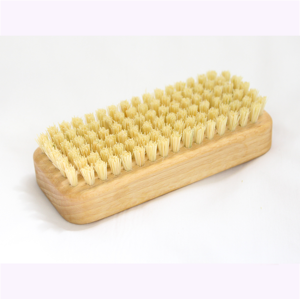 Brosse pour les ongles