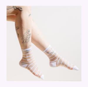 "Chaussettes transparentes ""Rayures blanches"""
