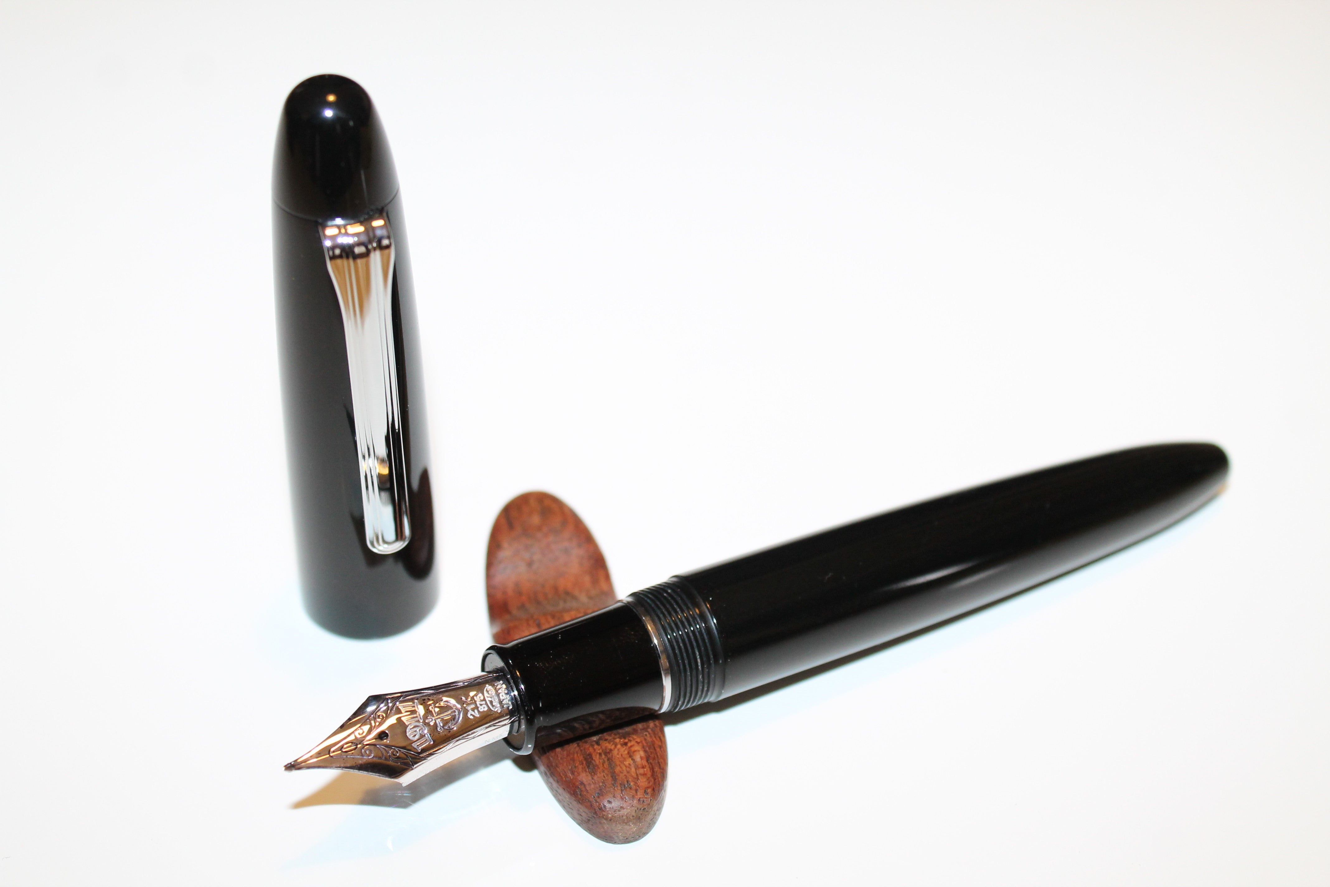 Sailor King of Pen Naginata Togi Nib