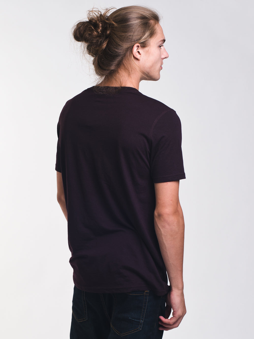MENS VICTOR VNECK T - PORT - CLEARANCE