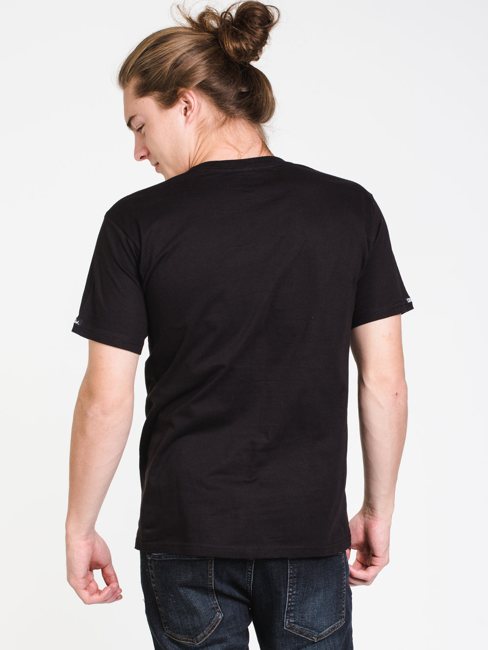 MENS TIMELESS SHORT SLEEVE T-SHIRT - BLACK