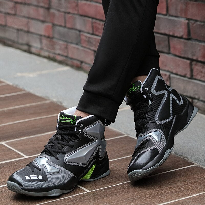 """Tripod"" Basketball Sneakers"