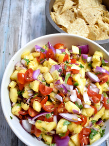 7 INGREDIENT PINEAPPLE SALSA