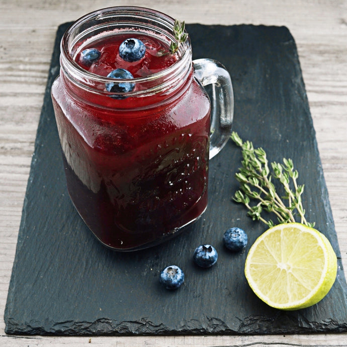 Blueberry, lemon & rosemary detox water