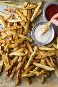 ROSEMARY FRIES WITH ROASTED GARLIC DIP