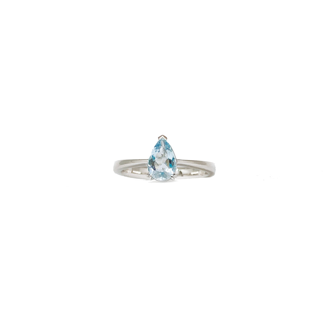 18K White Gold Pear Cut Aquamarine Ring