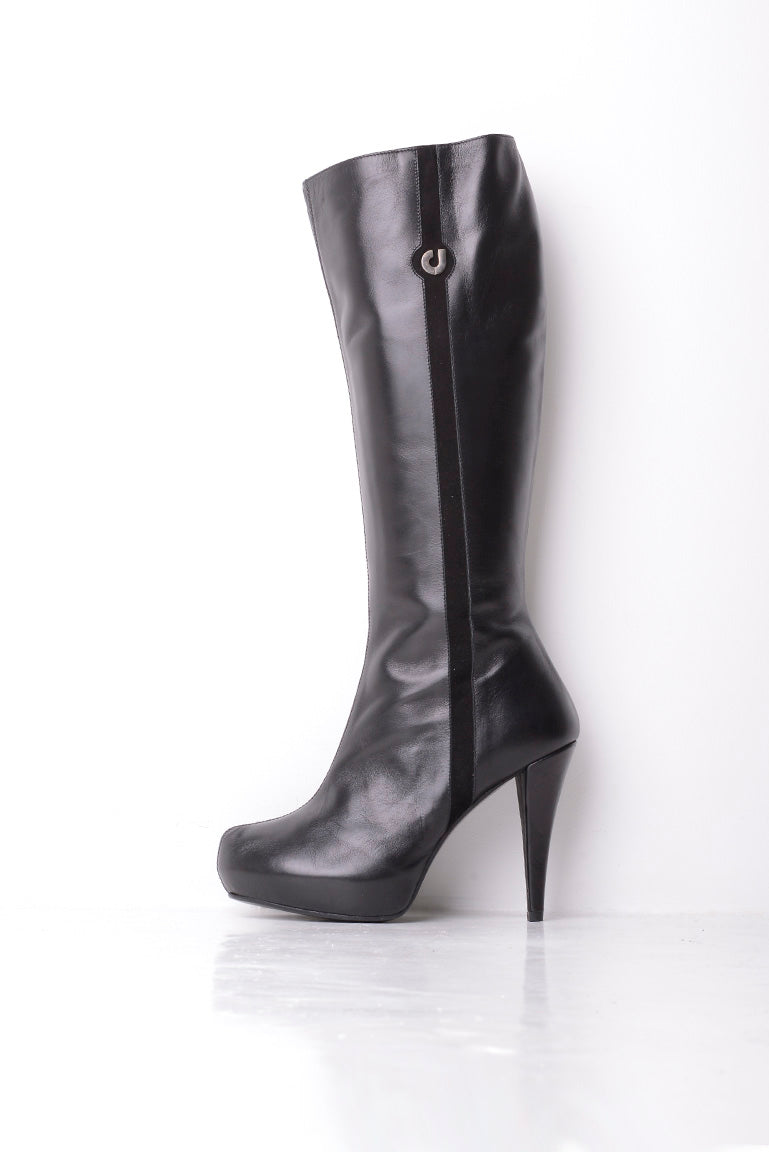 Charles Jourdan Pure Leather Heeled Boots