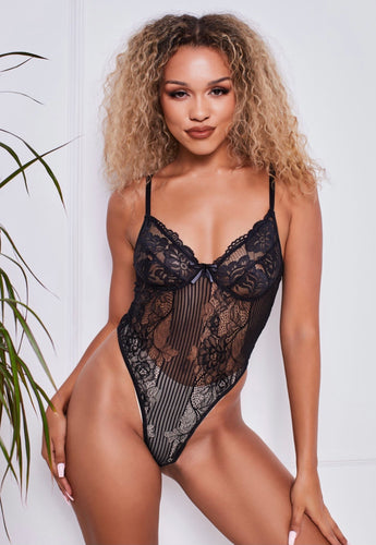 Floral Lace Bodysuit in Black