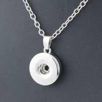 Classic Snap Pendant Necklace with 18 inch nickel free chain 18mm