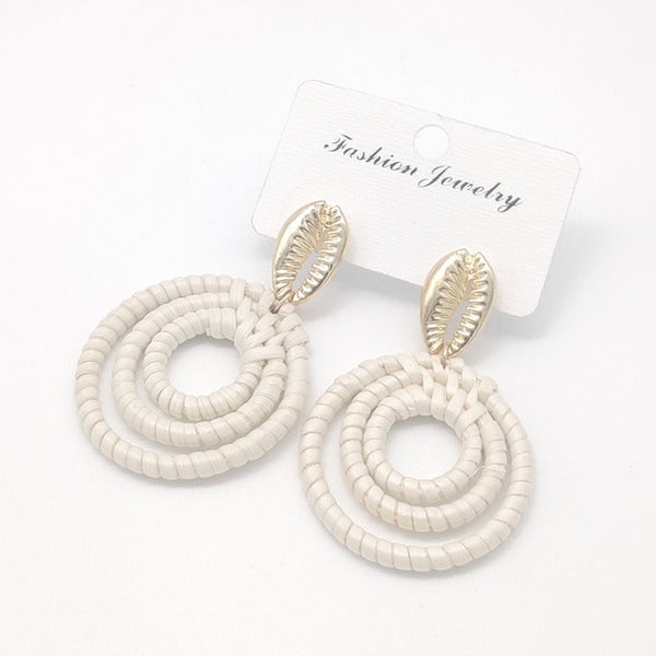 Wicker Rattan Earrings Circle Seashell