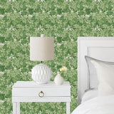 Cole & Son Great Vine Leaf Green Wallpaper