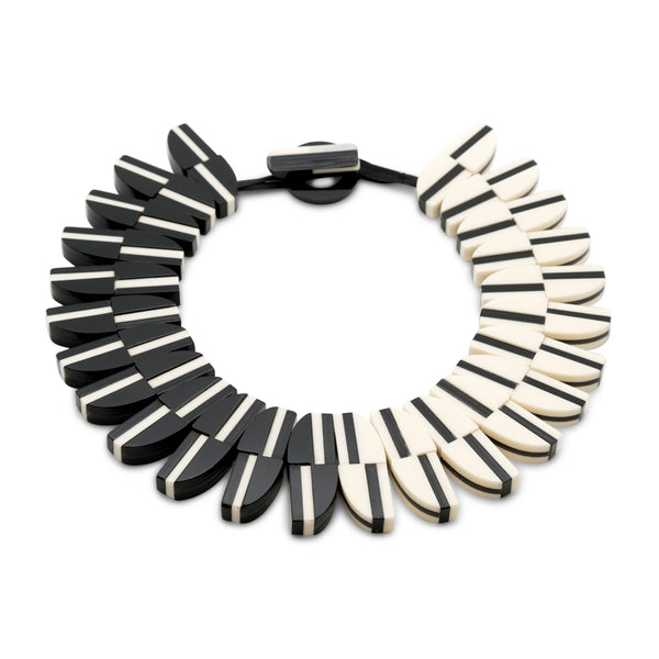 Aurora PM Large Collar Necklace